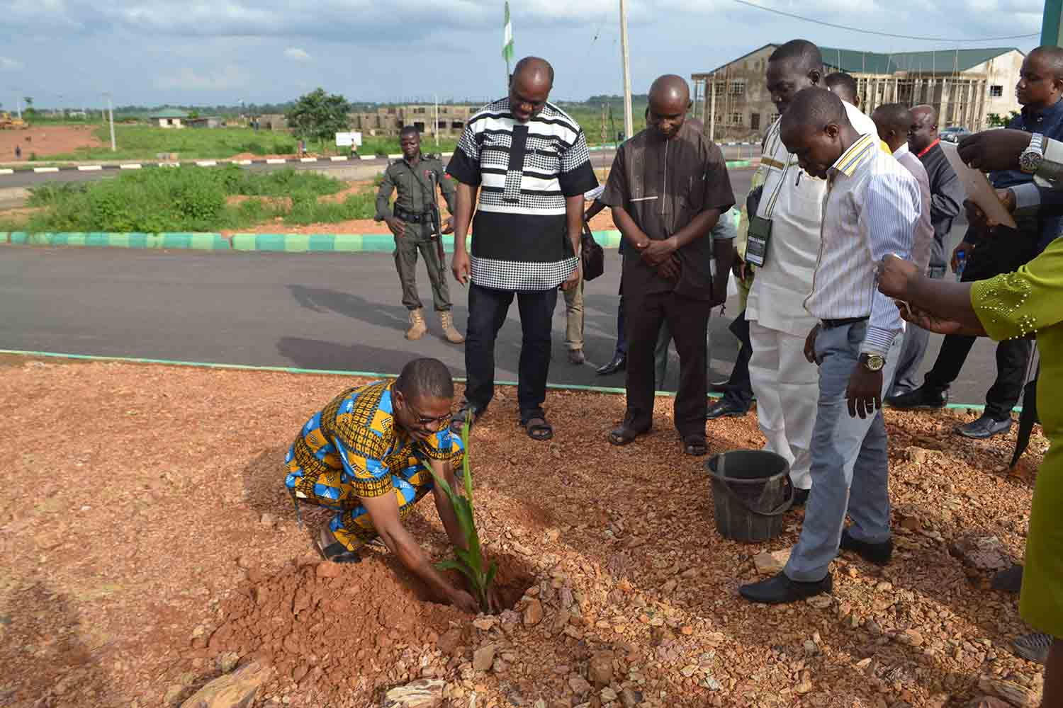 "Mr Camillus Ukah, the ANA Vice president plants a tree, as part of VC Chinedum Nwajiuba's ""Green Campus Initiative'"